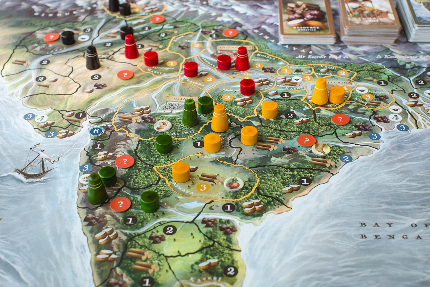 4_Bharata-600-BC-game-board-pawns-and-tokens.jpg
